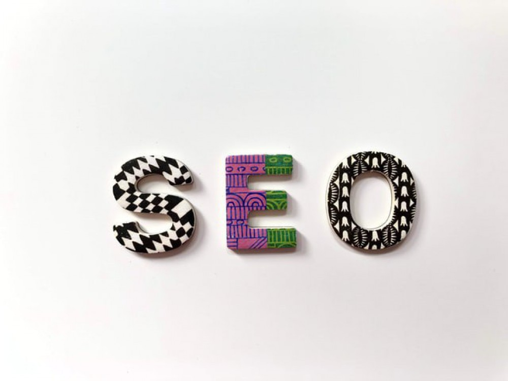 letters spelling seo